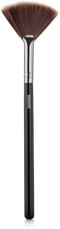 Кисть веерная для хайлайтера №10 - Luxvisage