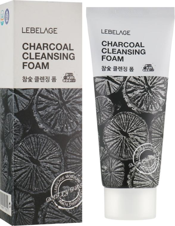 Пенка с углем - Lebelage Charcoal Cleansing Foam