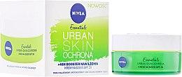 Духи, Парфюмерия, косметика Защитный увлажняющий крем для лица - Nivea Essentials Urban Skin Defense Day Cream SPF20