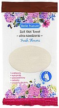 Духи, Парфюмерия, косметика Влажное полотенце с ароматом живых цветов - Belle Nature Soft Wet Towel