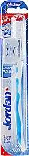 Духи, Парфюмерия, косметика Зубная щетка с колпачком для путешествий, синяя - Jordan Advanced Toothbrush