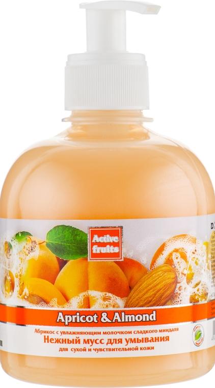 """Нежный мусс для умывания """"Абрикос и миндаль"""" - Bioton Cosmetics Active Fruits """"Apricot & Almond"""""""