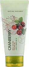 Духи, Парфюмерия, косметика Пилинг-гель для лица с экстрактом клюквы - Nature Republic Real Nature Cranberry Peeling Gel