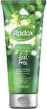 Духи, Парфюмерия, косметика Гель для душа - Radox 12H Scent Touch Feel Free Body Wash