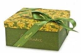 Духи, Парфюмерия, косметика Подарочная коробка - Attirance Gift Box*