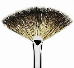 Кисть-веер для нанесения и растушевки пудрированных текстур - Muba Factory Brush Barocco — фото N2