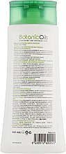 Шампунь с экстрактом чеснока для всех типов волос - Bioblas Botanic Oils Garlic Shampoo — фото N2