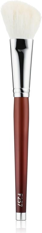 Кисть для теневой коррекции и нанесения бронзера, скошенная - Muba Factory Brush Barocco F257
