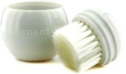 Духи, Парфюмерия, косметика Щетка для лица массажно-очищающая - Methode Jeanne Piaubert Douceur D'Eau Gym-Cleansing Brush