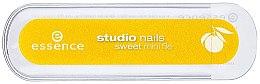 Духи, Парфюмерия, косметика Ароматная мини-пилочка для ногтей, цитрус - Essence Studio Nails Sweet Mini File