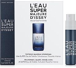 Духи, Парфюмерия, косметика Issey Miyake L'Eau Super Majeure D'Issey - Туалетная вода (пробник)