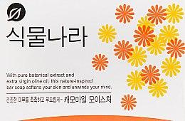 Духи, Парфюмерия, косметика Туалетное мыло с экстрактом ромашки - CJ Lion Shingmulnara Hinoki