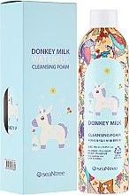 Духи, Парфюмерия, косметика Пенка с ослиным молоком - SeaNtree Donkey Milk Waterful Cleansing Foam