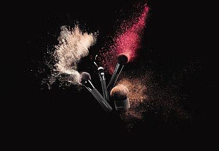Пензлик для нанесення тонального засобу - Givenchy Foundation Brush — фото N4