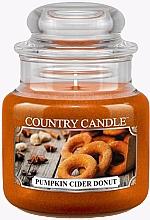 Парфумерія, косметика Ароматична свічка - Country Candle Pumpkin Cider Donut