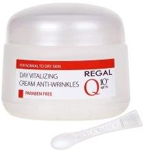 Духи, Парфюмерия, косметика Витализирующий дневной крем против морщин для нормальной и сухой кожи - Regal Q10+ Day Vitalizing Cream Anti-Wrinkles SPF 15