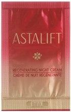 Духи, Парфюмерия, косметика Восстанавливающий ночной крем - Astalift Regenerating Night Cream (пробник)