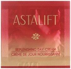 Духи, Парфюмерия, косметика Омолаживающий питательный дневной крем - Astalift Replenishing Day Cream (пробник)