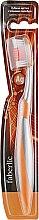 Духи, Парфюмерия, косметика Зубная щетка с ионами серебра, оранжевая - Faberlic