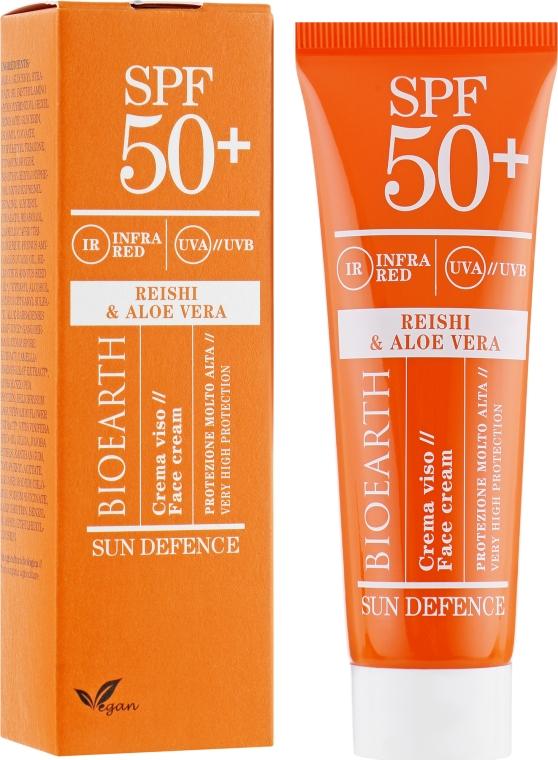 Солнцезащитный крем для лица с рейши и алоэ вера SPF50 - Bioearth Sun Defence Reishi & Aloe Vera