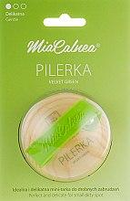 Духи, Парфюмерия, косметика Круглая терка для ног - MiaCalnea Pilerka Velvet Green