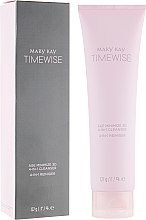 Духи, Парфюмерия, косметика Очищающее средство для жирной кожи 4 в 1 - Mary Kay TimeWise Age Minimize 3D