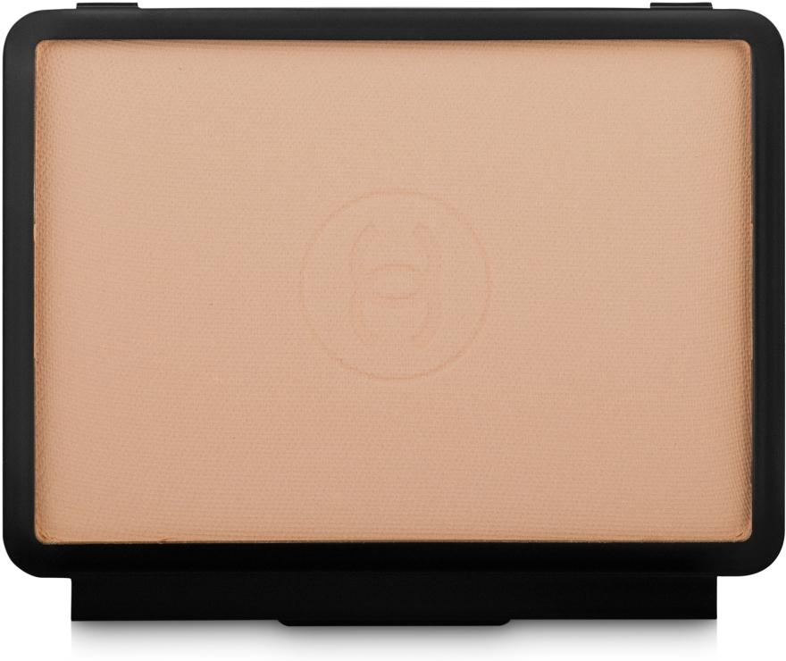 """Компактное тональное средство """"Сияющая матовая кожа"""" SPF15 - Chanel Le Teint Ultra Tenue Compact Foundation (запасной блок)"""