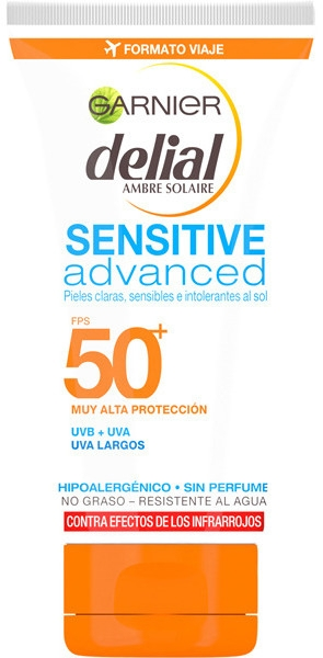 Ультранежный солнцезащитный крем для лица SPF50 - Garnier Ambre Solaire Sensitive Sun Cream SPF50+