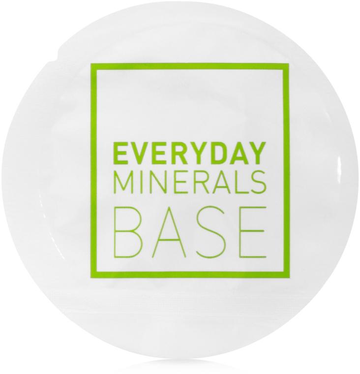 Основа под макияж - Everyday Minerals Semi-Matte Base (пробник)