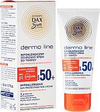 Духи, Парфюмерия, косметика Гипоалергенный крем для лица - DAX Sun Dermo Line Face Cream SPF 50