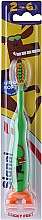 Духи, Парфюмерия, косметика Детская зубная щетка, зеленая - Signal Kids Sticky Feet Ultra Soft 2-6 Years