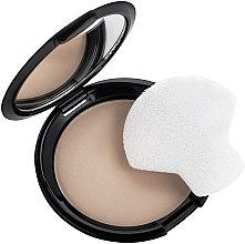 Компактная пудра с зеркалом - Quiz Cosmetics Color Focus Powder — фото N2