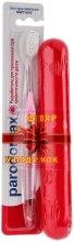 Духи, Парфюмерия, косметика Зубная щетка с мягкой щетиной + футляр, розовая - Parodontax