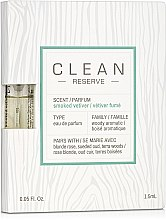 Духи, Парфюмерия, косметика Clean Reserve Smoked Vetiver - Парфюмированная вода (пробник)