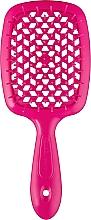 Парфумерія, косметика Щітка з м'якими й гострими кінчиками Silicon Line, рожева - Janeke