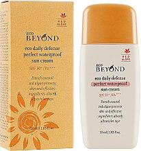 Духи, Парфюмерия, косметика Водостойкий ежедневный солнцезащитный крем - Beyond Eco Daily Defense Perfect Waterproof Sun Cream SPF50+