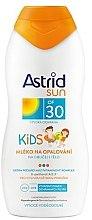 Духи, Парфюмерия, косметика Детское солнцезащитное молочко - Astrid Sun Kids Milk SPF 30