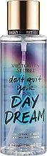 Духи, Парфюмерия, косметика Парфюмированный спрей для тела - Victoria's Secret Don't Quit Your Day Dream Fragrance Mist