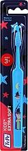 Духи, Парфюмерия, косметика Детская зубная щетка от 3 лет, голубая с волшебником - TePe Kids Extra Soft
