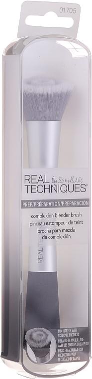 Кисть для макияжа, серая - Real Techniques Complexion Blender Brush