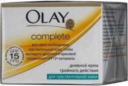 Духи, Парфюмерия, косметика Дневной крем тройного действия для чувствительной кожи - Olay Complete Day Cream