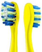 """Зубная щетка """"Миньоны"""", желтая - Colgate — фото N4"""