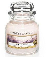 """Духи, Парфюмерия, косметика Ароматическая свеча """"Закат на озере"""" - Yankee Candle Lake Sunset"""