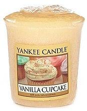 """Духи, Парфюмерия, косметика Ароматическая свеча """"Ванильный кекс"""" - Yankee Candle Vanilla Cupcake"""