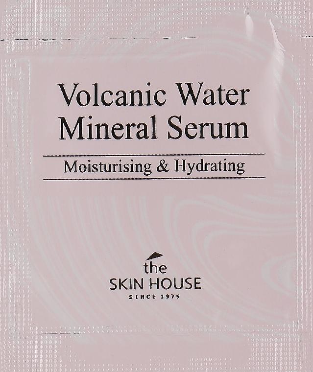Сыворотка с вулканической водой для сухой кожи - The Skin House Volcanic Water Mineral Serum (пробник)