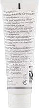 Гель-эксфолиант для восстановления баланса - Elizabeth Arden Visible Difference Skin Balancing Exfoliating Cleanser (тестер) — фото N2