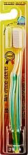 Духи, Парфюмерия, косметика Зубная щетка с двухуровневыми щетинками, зеленая - White Nano Gold