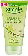 Духи, Парфюмерия, косметика Освежающий гель для умывания - Simple Kind To Skin Refreshing Facial Wash Gel