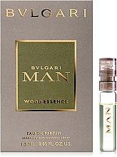 Духи, Парфюмерия, косметика Bvlgari Man Wood Essence - Парфюмированная вода (пробник)
