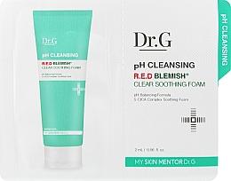 Духи, Парфюмерия, косметика Очищающая пенка для лица - DR.G pH Cleansing R.E.D Blemish Clear Soothing Foam (пробник)